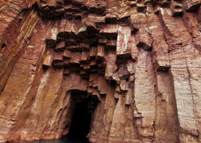 gallery-cave-1